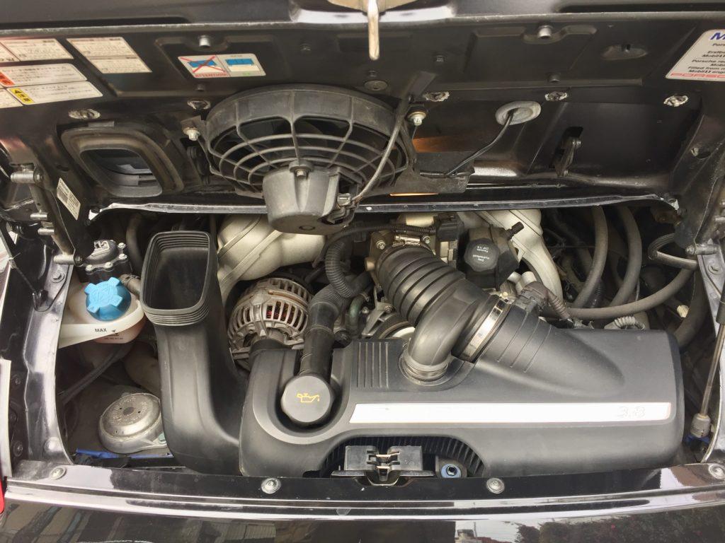 ポルシェ エンジン
